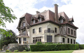 Magic Villa Cognac is located in Cognac, France
